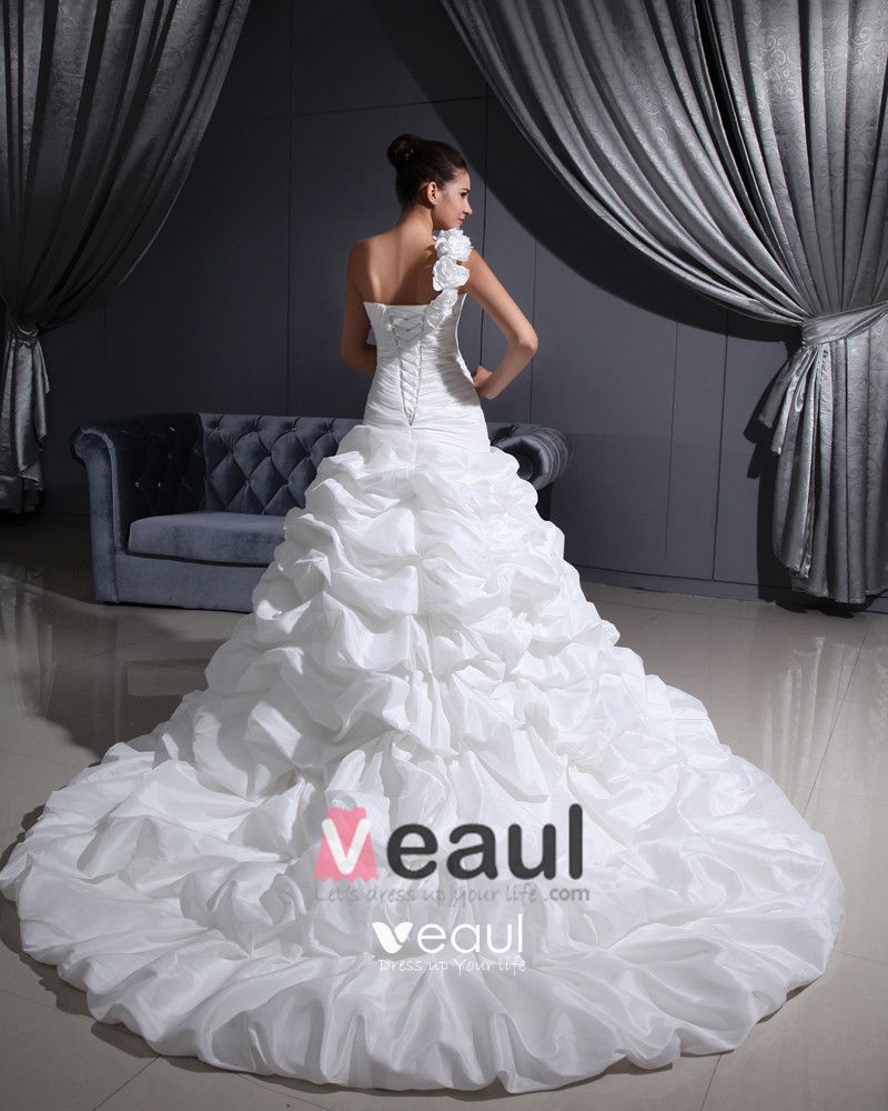 Taffeta One Shoulder Ruffle Chapel A-line Bridal Gown Wedding Dress