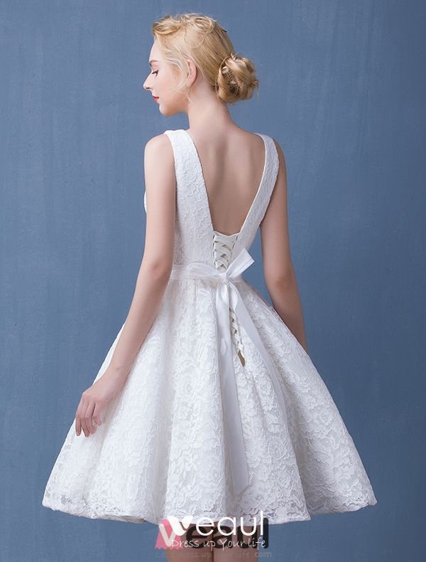 2016 Deep V-neck Backless White Lace Short Wedding Dress With Sash