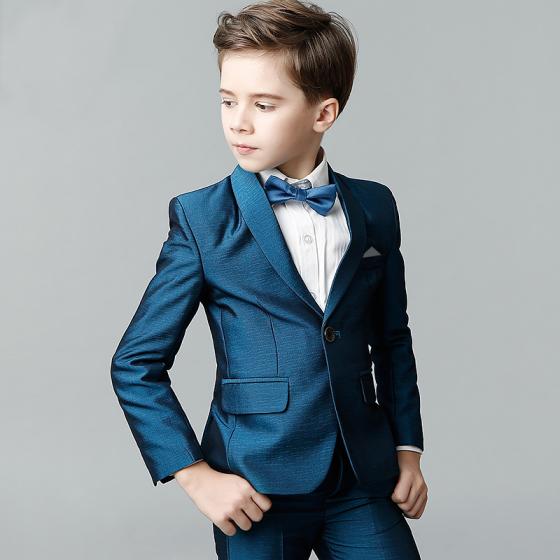 51798bfcb10e4 Sencillos Océano Azul Corbata Azul Tinta Manga Larga Trajes De Boda Para  Niños 2018