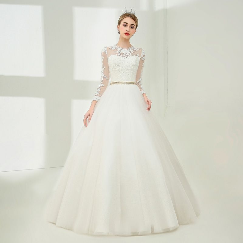 Elegant White Ball Gown Wedding Dresses 2017 Scoop Neck Long Sleeve Appliques Lace Beading Pearl Metal Sash Floor-Length / Long