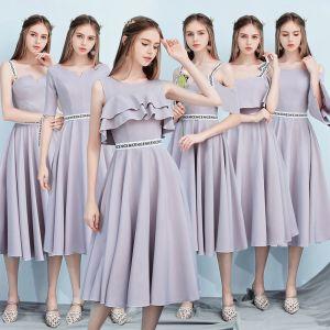 Modest / Simple Grey Bridesmaid Dresses 2018 A-Line / Princess Sleeveless Backless Tea-length Wedding Party Dresses