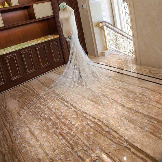Mooie / Prachtige Witte Royal Train Goud Huwelijk 2018 Appliques Pailletten Tule 4 m Bruidssluier