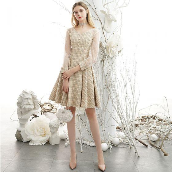 Elegant Gold See-through Homecoming Graduation Dresses 2020 A-Line / Princess V-Neck Puffy 3/4 Sleeve Short Ruffle Formal Dresses