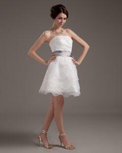 Garn Geschichteten Rüsche Trägerloses Kurzes Brautkleider Hochzeitskleid