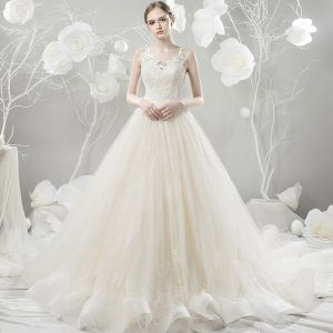 Chic / Beautiful Champagne Wedding Dresses 2018 Ball Gown Lace Flower Scoop Neck Sleeveless Court Train Wedding