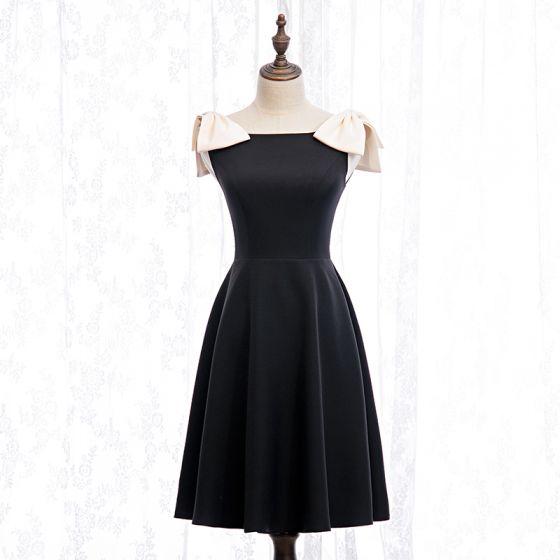 Proste / Simple Czarne Homecoming Sukienki Na Studniówke 2020 Princessa Kwadratowy Dekolt Bez Rękawów Kokarda Krótkie Krótka Czarna Sukienka