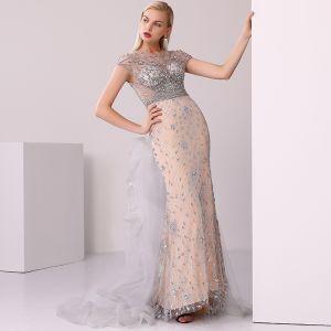 High-end Champagne Grey Evening Dresses  2020 Trumpet / Mermaid Scoop Neck Handmade  Beading Crystal Rhinestone Short Sleeve Sweep Train Formal Dresses