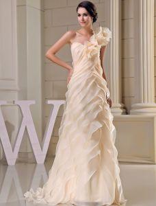 2015 Einzigartige A-linie Einer Schulter Champagner Brautkleid Kaskadierenrüschen Handgemachte Blume Hochzeitskleid