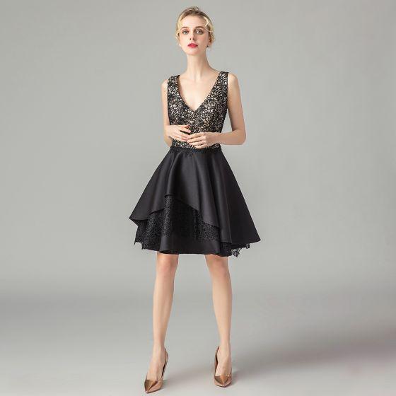 Moda Czarne Koronkowe Strona Sukienka 2021 Princessa Głęboki V-Szyja Bez Rękawów Krótkie Wzburzyć Bez Pleców Sukienki Wizytowe