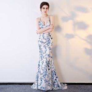 Chinese style Ivory Evening Dresses  2018 Trumpet / Mermaid Sleeveless Spaghetti Straps Printing Flower Sweep Train Ruffle Backless Formal Dresses