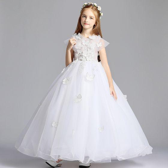 Edles Weiß Blumenmädchenkleider 2019 A Linie V-Ausschnitt Ärmellos Schmetterling Applikationen Spitze Perle Perlenstickerei Lange Kleider Für Hochzeit