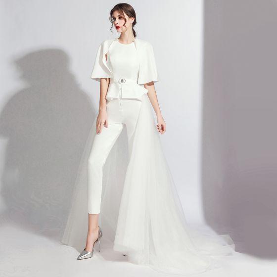 Moda Białe Kombinezon Z Szalem 2020 Wycięciem Bez Pleców Metal Szarfa Trenem Sweep Sukienki Wieczorowe
