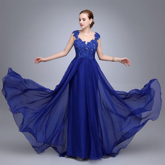 Edles Königliches Blau Abendkleider 2020 A Linie Rundhalsausschnitt Strass Spitze Blumen Ärmellos Lange Festliche Kleider