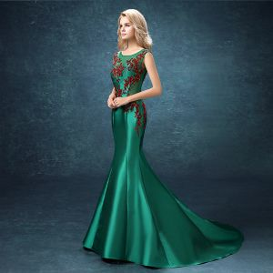 Chic / Beautiful Evening Dresses  2017 Dark Green Court Train Trumpet / Mermaid Scoop Neck Sleeveless Backless Rhinestone Beading Sequins Pearl
