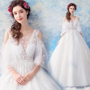 Illusion Ivory / Creme Durchsichtige Brautkleider / Hochzeitskleider 2019 Ballkleid Rundhalsausschnitt 3/4 Ärmel Rückenfreies Applikationen Spitze Lange Rüschen