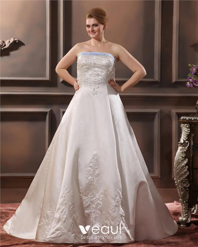 Satin Embroidery Beaded Court Plus Size Bridal Gown Wedding Dress