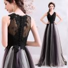 Chic / Beautiful Black Evening Dresses  2019 A-Line / Princess V-Neck Lace Flower Buttons Sleeveless Floor-Length / Long Formal Dresses