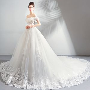 Luxury / Gorgeous White Cathedral Train Wedding 2018 Tulle Lace-up Strapless Beading Appliques Backless Ball Gown Wedding Dresses