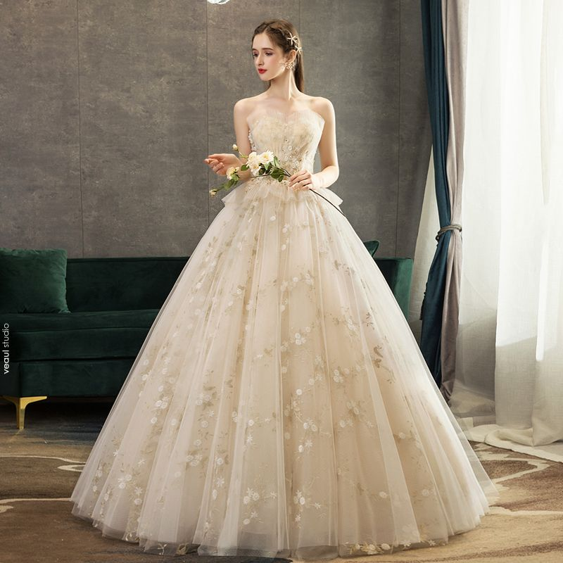 Affordable Champagne Wedding Dresses 2019 A-Line / Princess Sweetheart Beading Crystal Sequins Lace Flower Sleeveless Backless Floor-Length / Long
