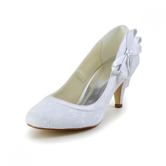Elegant Round Toe Mid Heels White Lace Pumps Bridal Wedding Shoes With Bow