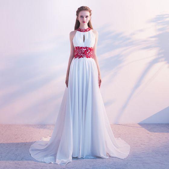 Elegante Weiß Abendkleider 2017 A Linie Ärmellos Rundhalsausschnitt Blumen Mit Spitze Stoffgürtel Rüschen Chiffon Festliche Kleider Hof-Schleppe