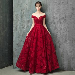Charming Burgundy Evening Dresses  2019 A-Line / Princess Scoop Neck Lace Beading Crystal Sequins Short Sleeve Backless Floor-Length / Long Formal Dresses