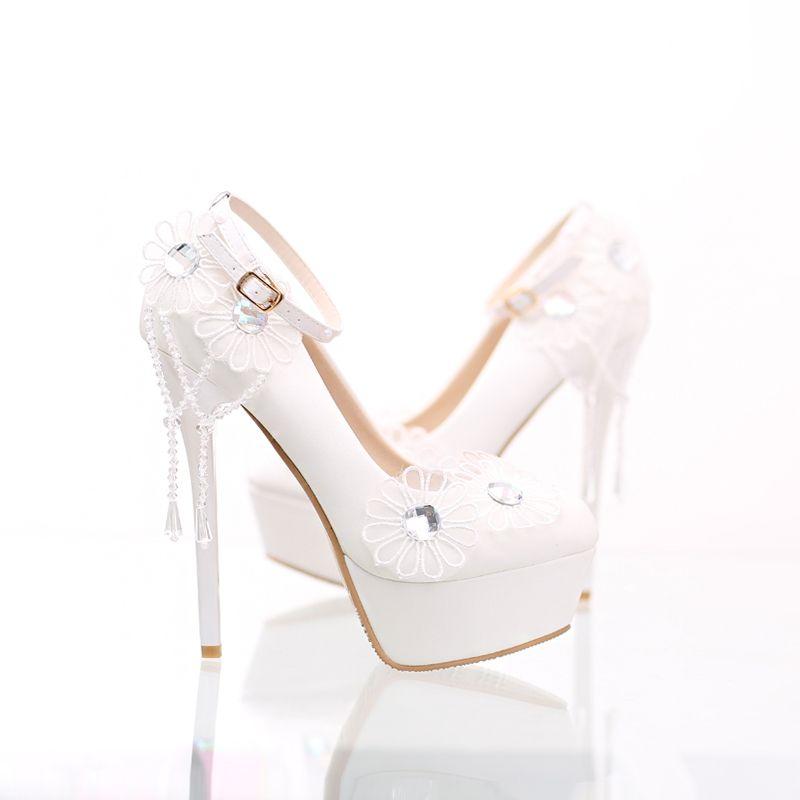 Blanche Désinvolte PU Appliques Perle Talons Hauts Talons Aiguilles 14 cm Escarpins Moderne / Mode 2017 Chaussure De Mariée