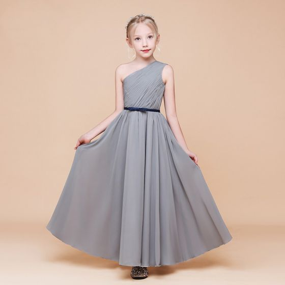 Modest / Simple Grey Chiffon Birthday Flower Girl Dresses 2020 Sheath / Fit One-Shoulder Sleeveless Backless Bow Sash Floor-Length / Long Ruffle
