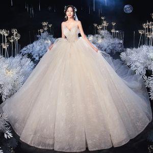 Stunning Champagne Bridal Wedding Dresses 2020 Ball Gown Sweetheart Sleeveless Backless Beading Royal Train Ruffle