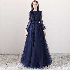 Mode Marineblau Abendkleider 2018 A Linie Eckiger Ausschnitt Lange Ärmel Schleife Stoffgürtel Lange Rüschen Rückenfreies Festliche Kleider